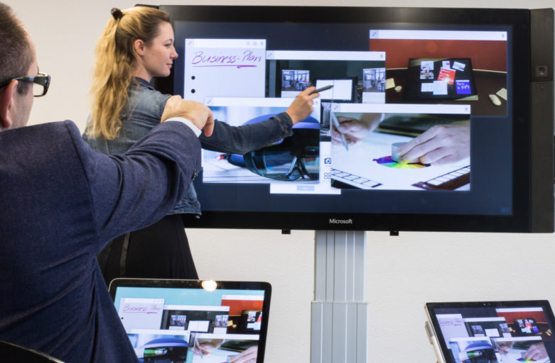 Hold Dynamic Presentations with CollaBoard on Surface Hub